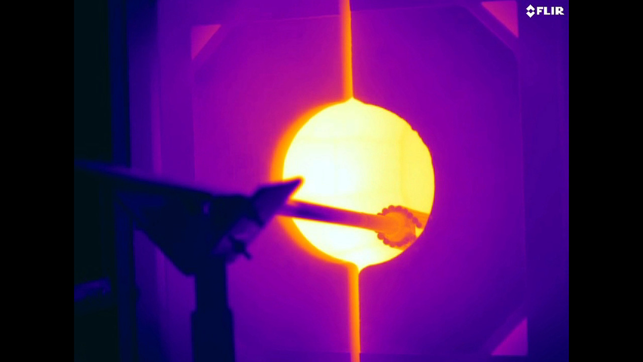 Glassblowing via Thermal Imaging